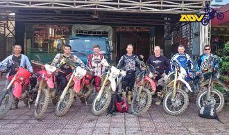 motorbike-tour-vietnam-in-group