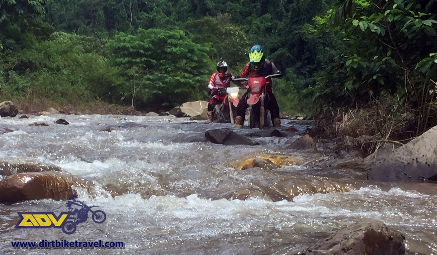 Adventure-motorbike-tour-vietnam