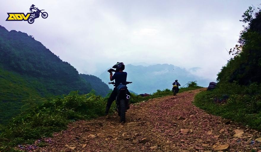 north vietnam motorbike tour